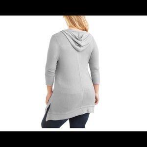 Tops - Women's plus size shark bite hoodie